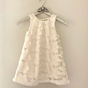 White floral lace shift dress girls size 5t.